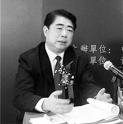 Хун Чжи, человек чайной культуры, знает всё о чаях из Хуаншань
