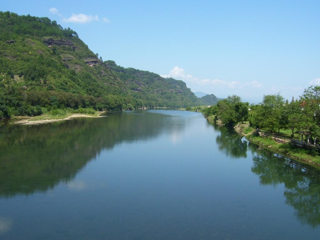 Речка Чунъян, одна из составляющих реки Цзянь