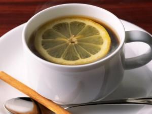 Чай и лимон