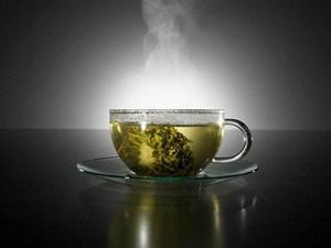 Зеленый чай защищает глаза