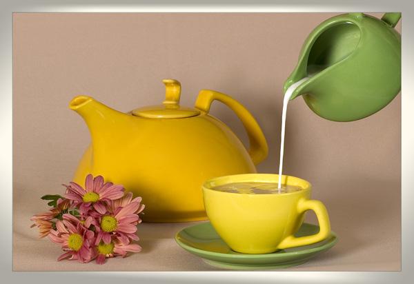 Ароматный чай с молоком: в чем польза данного напитка?