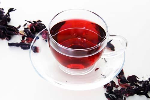 Каркаде — весьма полезный для здоровья чай