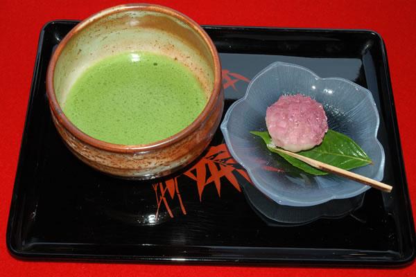 Уникальный и бодрящий японский чай маття