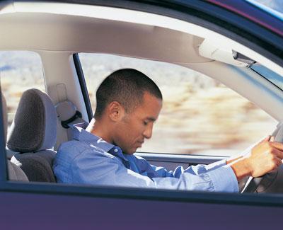 Что полезнее для водителя энегетик или крепкий чай?