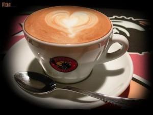 С iPhone можно управлять кофеваркой