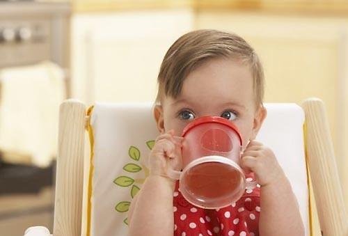 Можно ли пить вашему малышу чай?