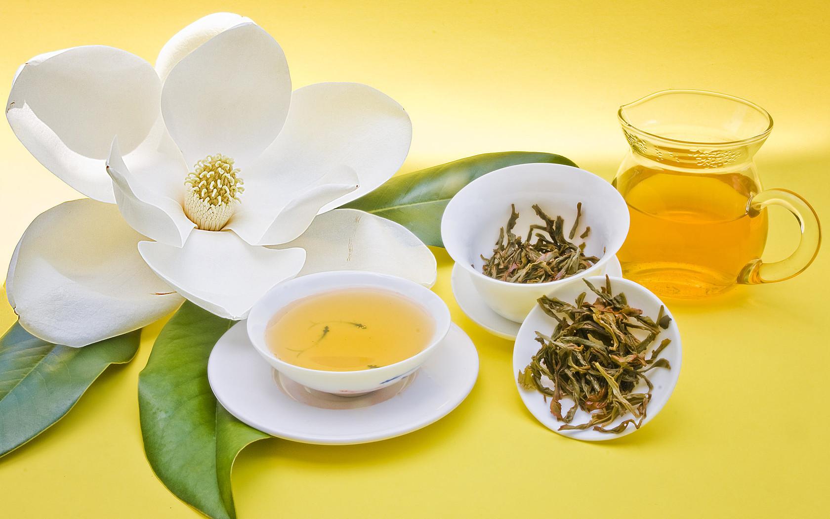 Самые полезные травяные чаи