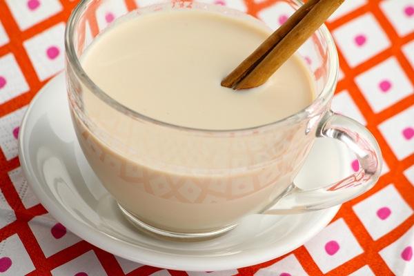 Заваривание пуэра на молоке