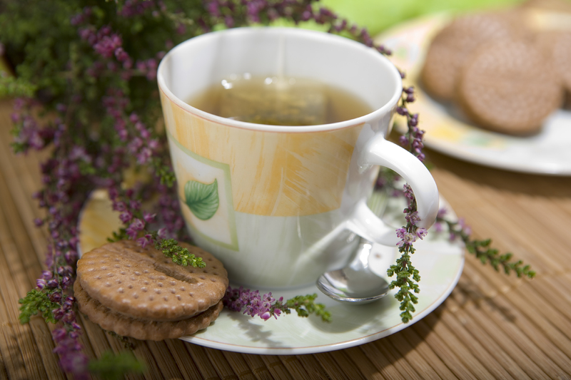По правилам Фэн-шуй, следует утром пить только чай