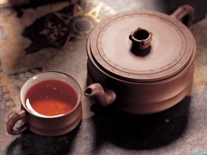 Чай избавляет от запаха изо рта