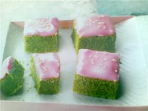 Пироженые из зеленого чая