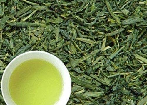 Шампунь на основе зелёного чая способен избавить от перхоти