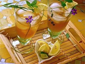 Чай лучше всего утоляет жажду