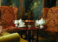 Эксперты констатируют: чайные едва ли в скорой перспективе составят достойную конкуренцию кофейням