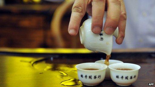 Культурная жажда стимулирует интерес к элитным чаям в Китае.