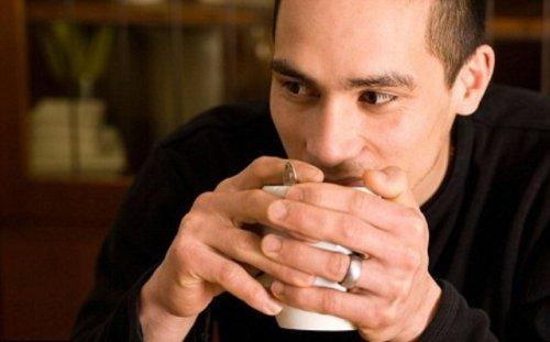 Две чашки чая в день жизненно необходимы мужчинам