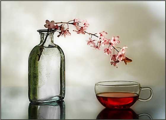 Чай, сок и минеральная вода для женской красоты и здоровья