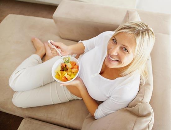 Чем питаться после родов при кормлении грудью ребенка