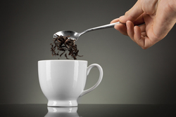 Двуликий черный чай: защищает от кариеса и провоцирует ревматический артрит
