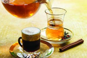 Чай и кофе понижают давление