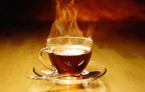 Исследователи установили, что чай способен защитить от болезни десен и кариеса