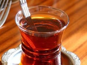 Индийской полиции запретили арестовывать людей, пьющих чай