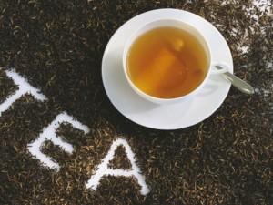 Ученые признали чай универсальным средством против кариеса