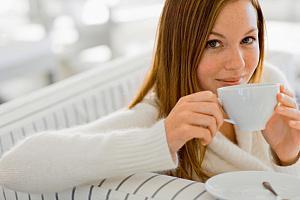 Черный чай с молоком — очень полезно
