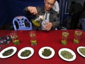 Ученые: зеленый чай помогает мужчинам быть умнее