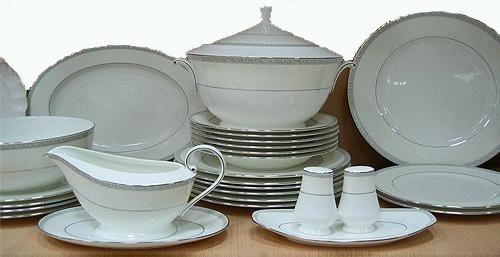 Царская посуда на каждом столе