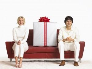 Что подарить жене на Новый год?