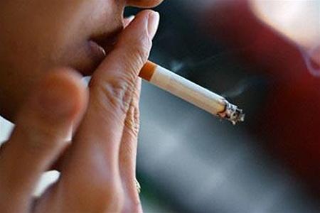 Шведские ученые посоветовали курильщикам пить побольше чая и кофе