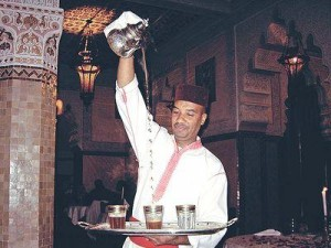 Как приготовить чай по-новому: рецепты из Индии и Марокко