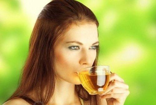 Зеленый чай защищает от болезней зубов и десен