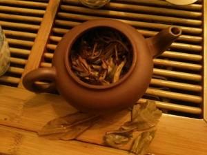 В антикафе My Land дегустировали китайский чай с экспертом Сергеем Прокопенко