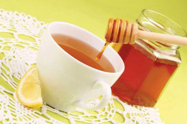 Тем, кто работает за компьютером, нужно чаще пить чай с медом