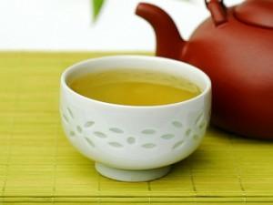 Ученые сделали удивительное открытие о комбинации молока и зеленого чая