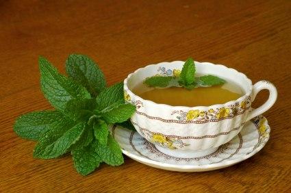 Рецепты травяных успокоительных чаёв