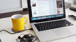 Чай с медом спасет глаза при работе за компьютером