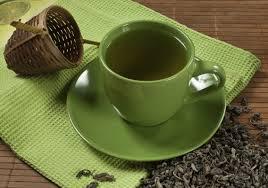 Зеленый чай и другие продукты, которые помогут продлить молодость кожи