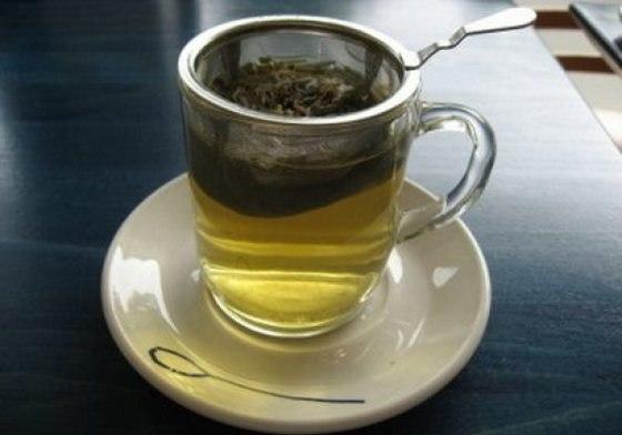 Зеленый чай поможет отбелить зубы