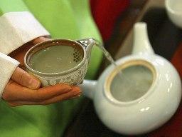 Зеленый чай поможет при уходе за кожей лица