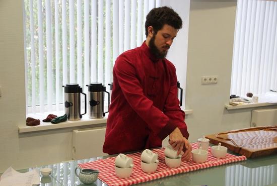 В Екатеринбурге прошёл региональный этап международного чемпионата по чайному мастерству «Tea Masters Cup»