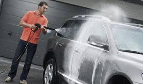 Почему лучше мыть машину на профессиональной мойке?