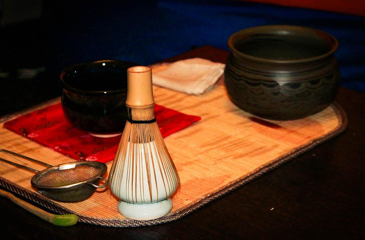 В антикафе «Point» состоялась классическая японская чайная церемония под названием Тя-Но-ю