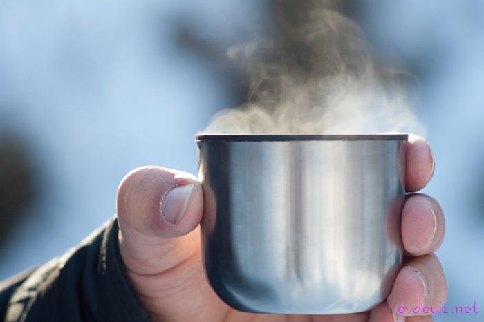 Чай, после долгого хранения в термосе, может подпортить настроение