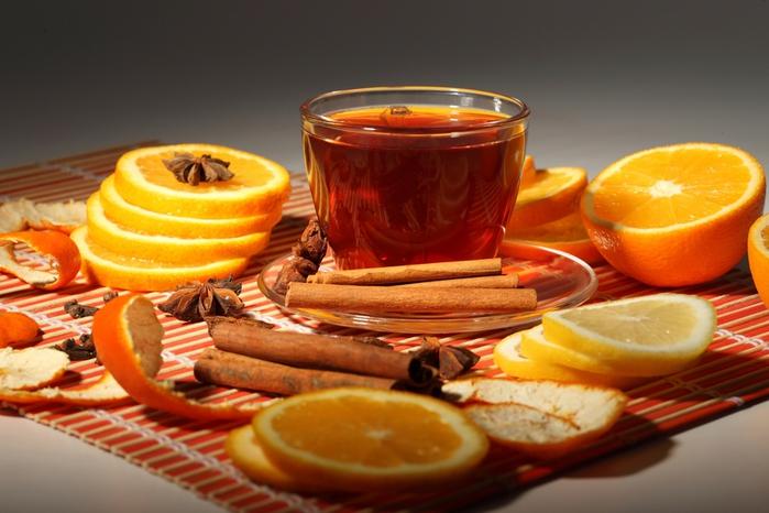 Чай из ветвей фруктовых деревьев и кустов богат витаминами, как и плоды