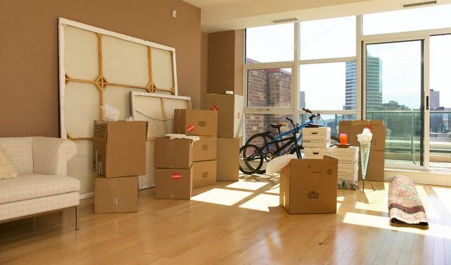 Качественный и оперативный переезд в другую квартиру или офис от компании «Империя Переездов»