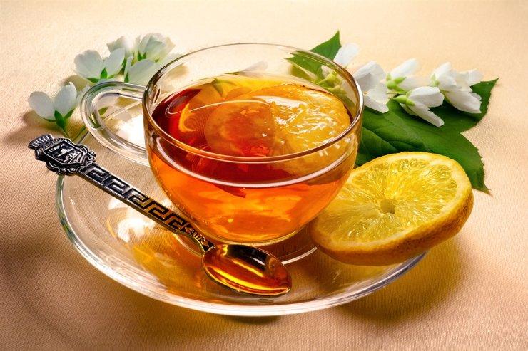 Лимонный чай и его польза