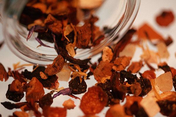 В Новосибирске была остановлена почти тонна германского чая